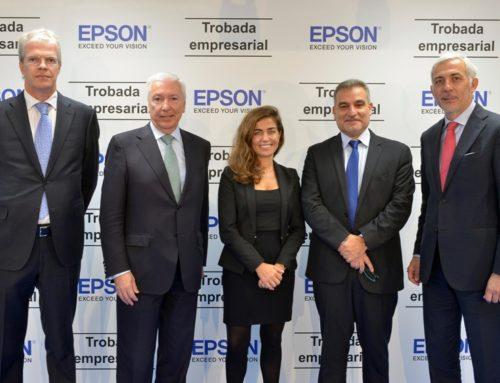 Més de 50 directius es donen cita a la seu d'Epson per debatre sobre la gestió de la innovació i el talent