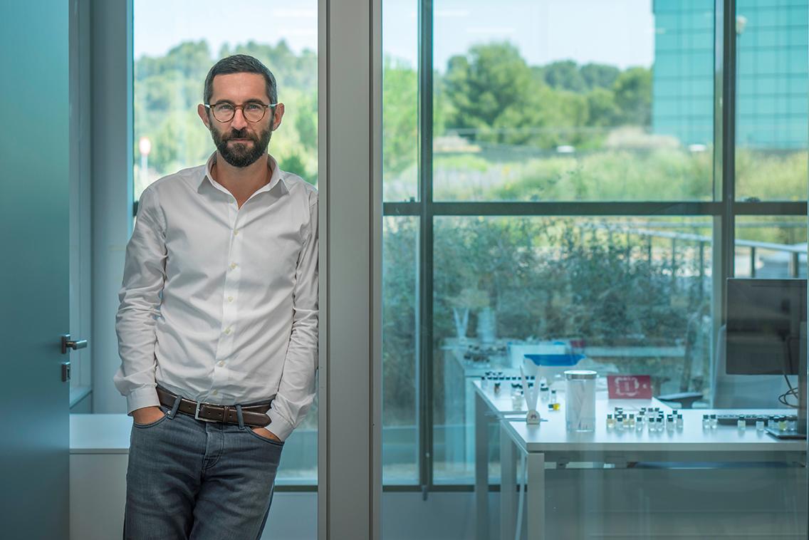 Eurofragance incorpora a Lucas Sieuzac com perfumista sènior de Fine Fragrance