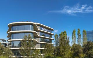 Grifols acorda la compra d'una planta de fraccionament de plasma a Mont-real