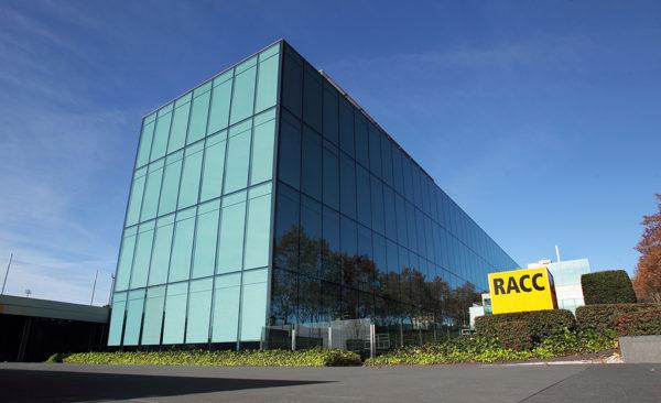 El RACC posa a disposició de la Generalitat la seva seu central